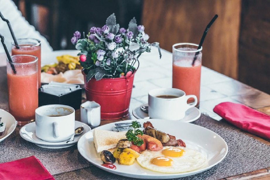 Should you still be eating breakfast?